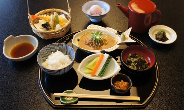 鯛茶と天ぷら膳画像